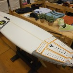 『P4 WIDE-VEE』ライディング写真 INSPIRE SURFBOARDS.